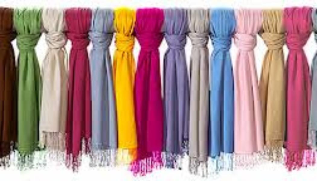 Looks: lenços e cachecol